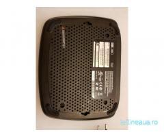 Router gigabit wireless Cisco Linksys E2000, Dual-Band, ca nou
